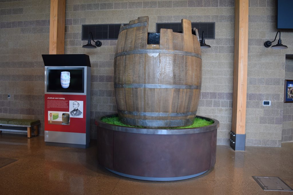Liebig's Law Barrel Display 01